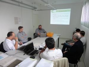 Na foto, uma das reuniões da comissão avaliadora com representantes da instituição. Visita aconteceu no final de maio (Fotos: Divulgação/IFC Luzerna)
